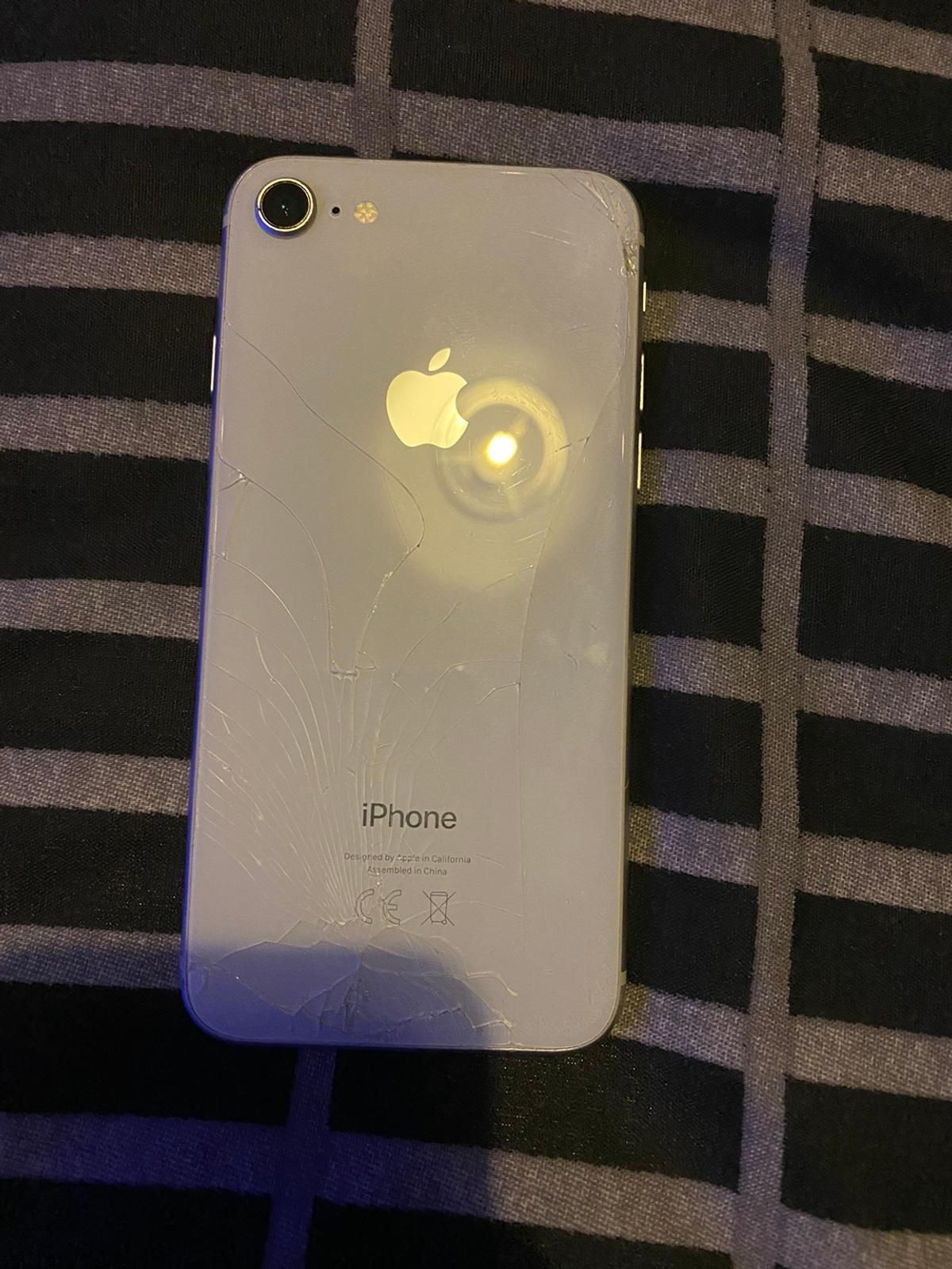 Cracked iPhone 8, unlocked but works perfectly.