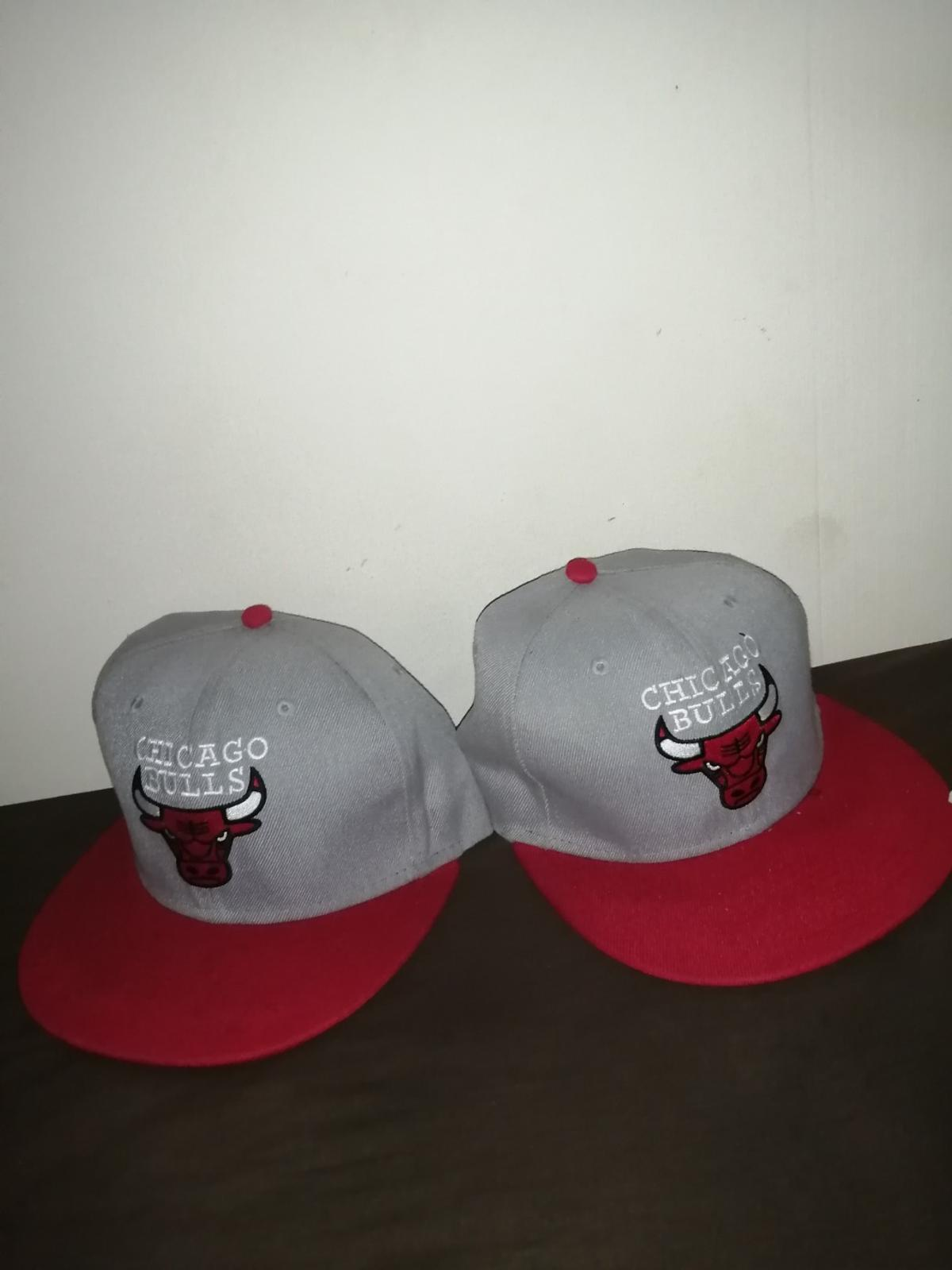 2x Chicago bulls - £5 each 1 Cleveland Indians - £10 1 Cocaine & Caviar - £10 1 Red Wings - £5