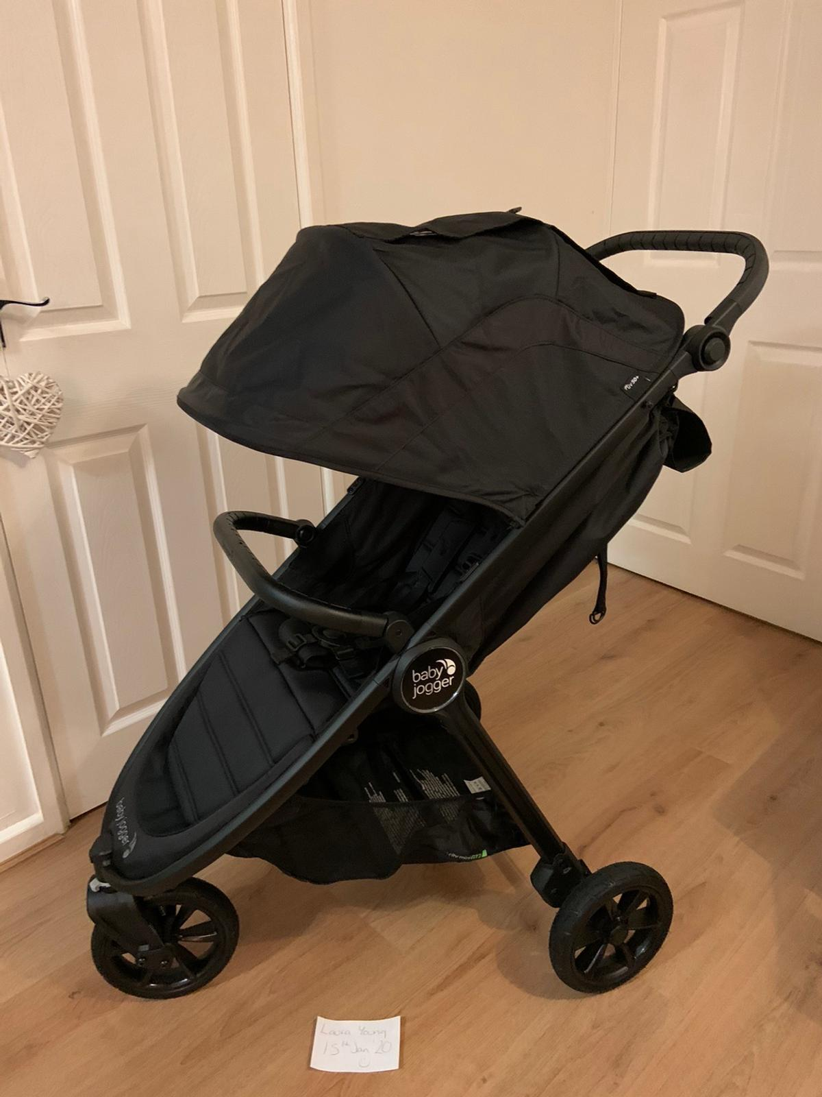 Reluctantly selling my 6 week old GT2😭I've used it probably 4 times. My daughter just wants to walk everywhere so I may as well let someone else get use out of it. It looks brand new still. Bumper bar included, raincover never purchased but a genetic off eBay fits better than the BJ one. I have a red/white star buggy snuggle I'm happy to chuck in with the sale 😬 Looking for around £300ono. Can post as I have the box.