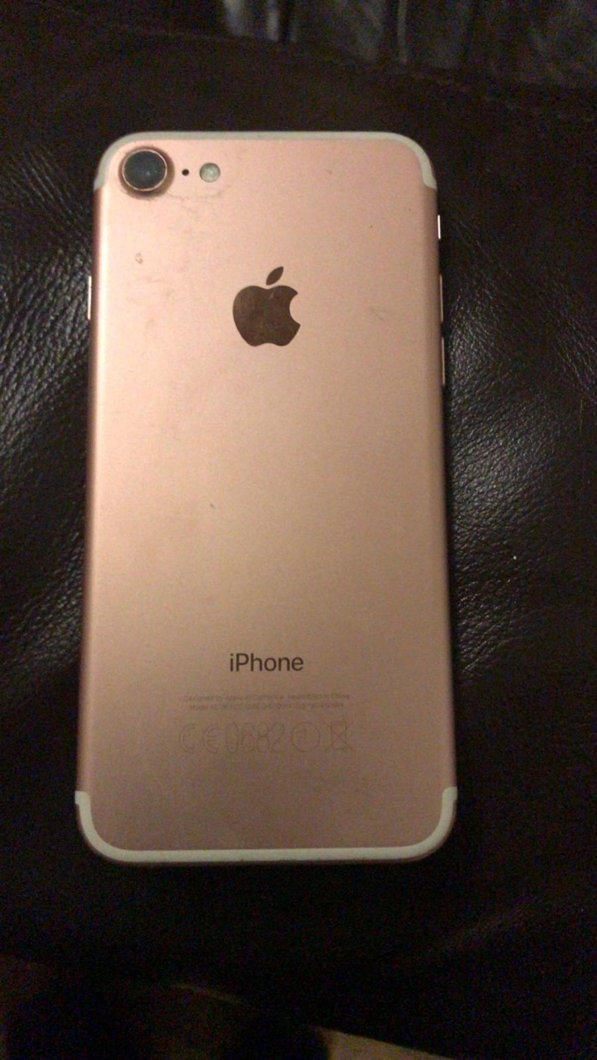 iPhone 7 rose gold excellent condition