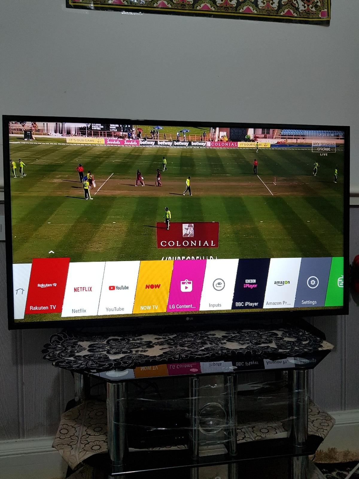 smart tv 49 inch LG very good condition works perfectly fine collection tooting Broadway