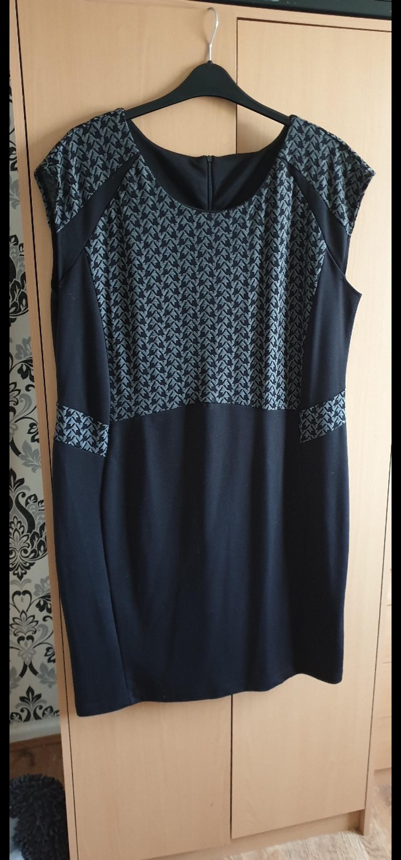 black and grey dress size 22