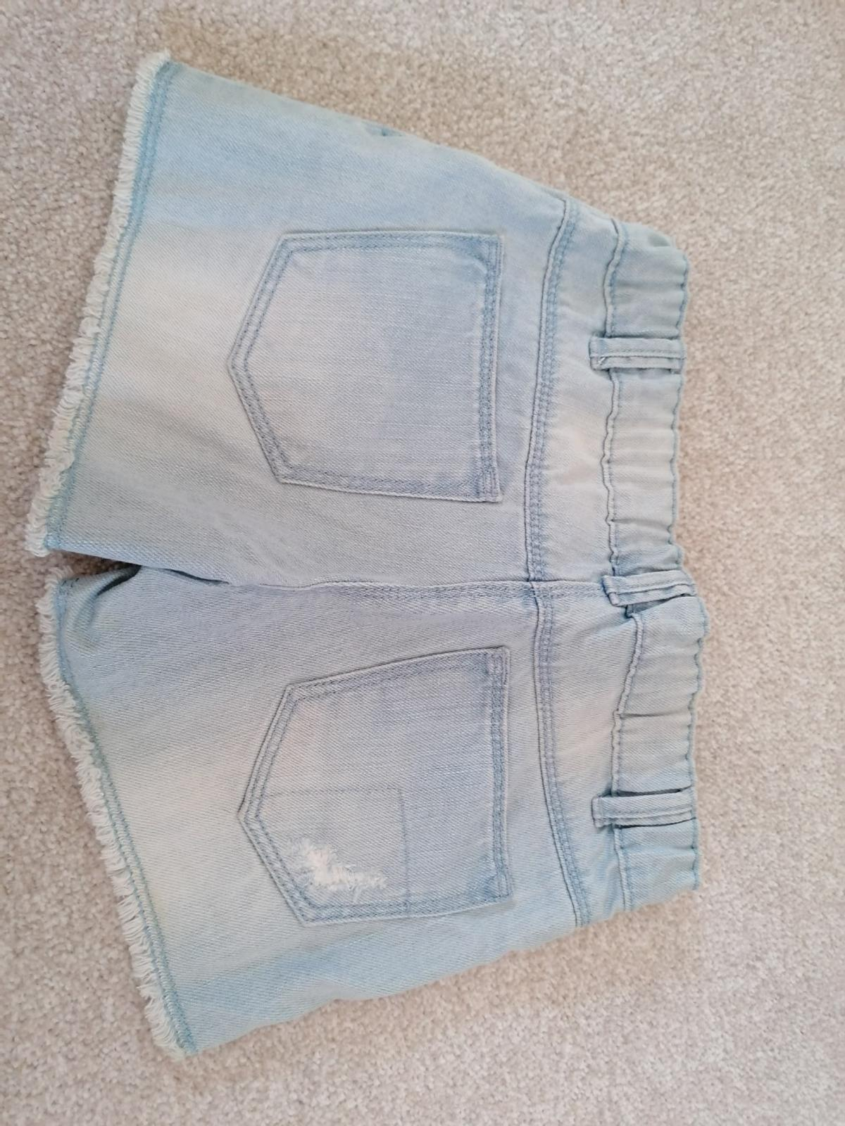 Brand new with tag age 7yrs denim shorts from TU. Smoke free home. Collection only.