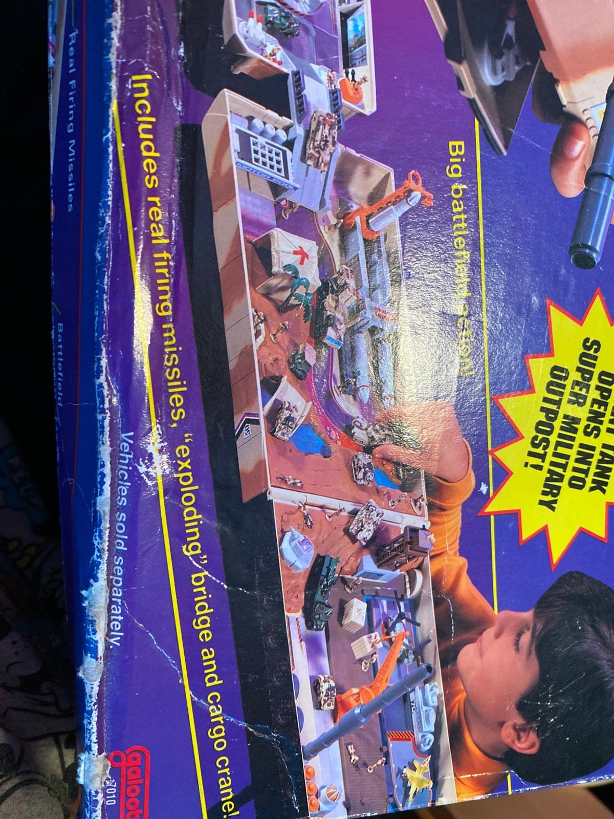 Comes accessories but no micro machines really good play set hours of fun box a little tacky but is because of its age