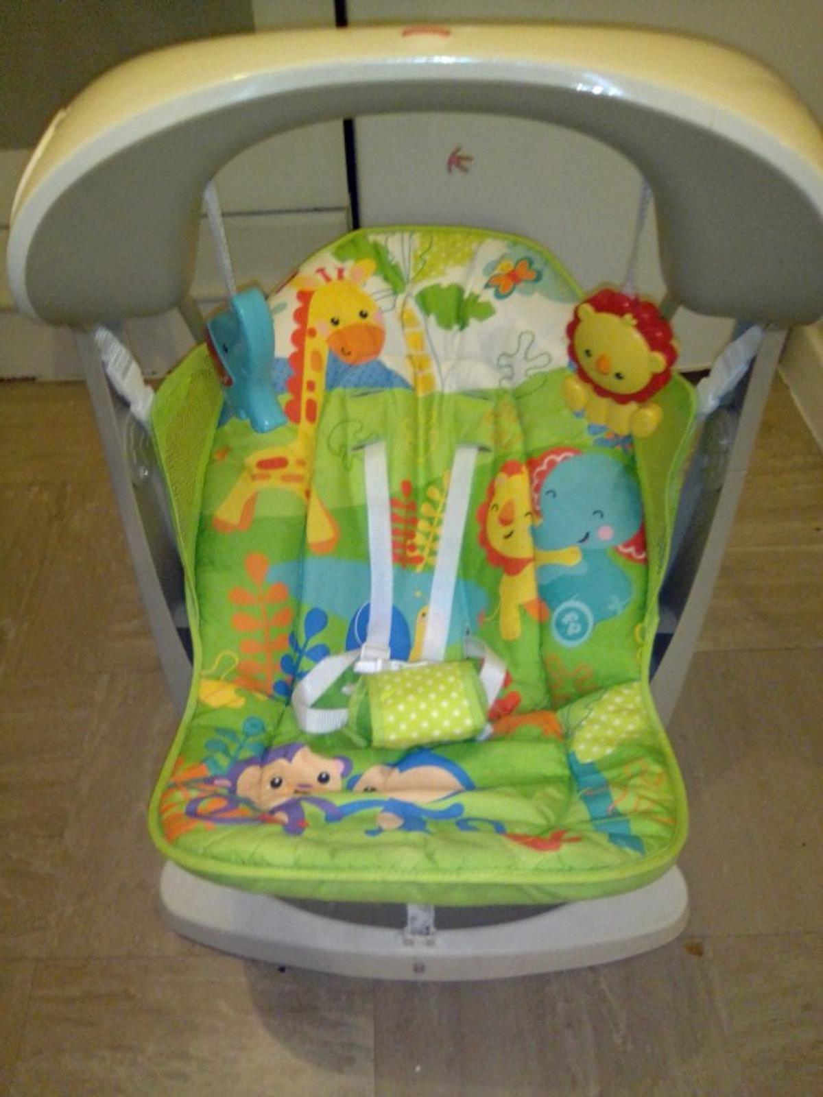 Fisher-Price Rainforest Friends Take-Along Swing and Seat New-born Baby Swing Chair with Calming Vibrations Suitable from Birth Songs and Sounds