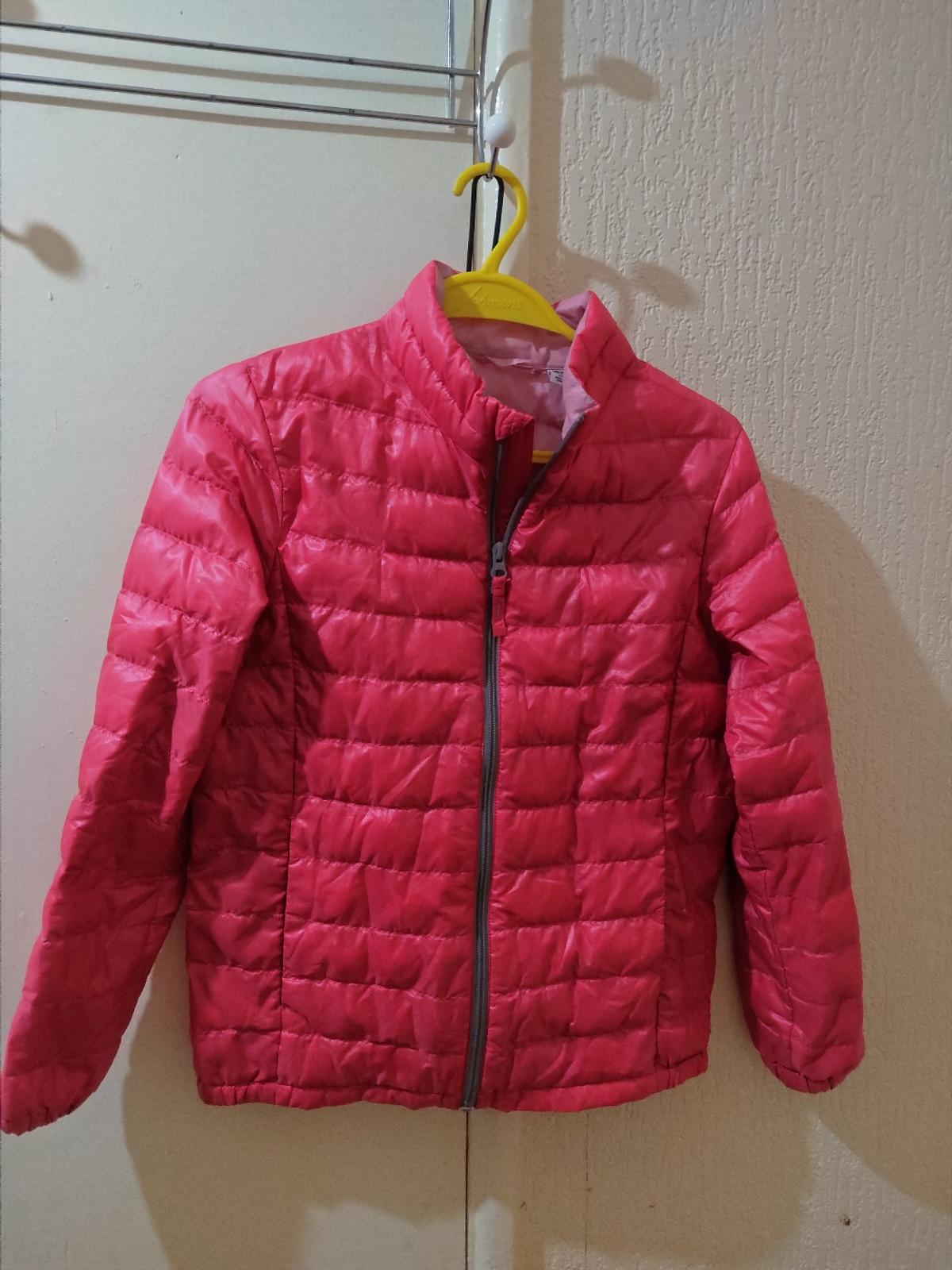 girl light warm padded jacket only worn twice. size 11. collect only at se1 4xx /borough sttion