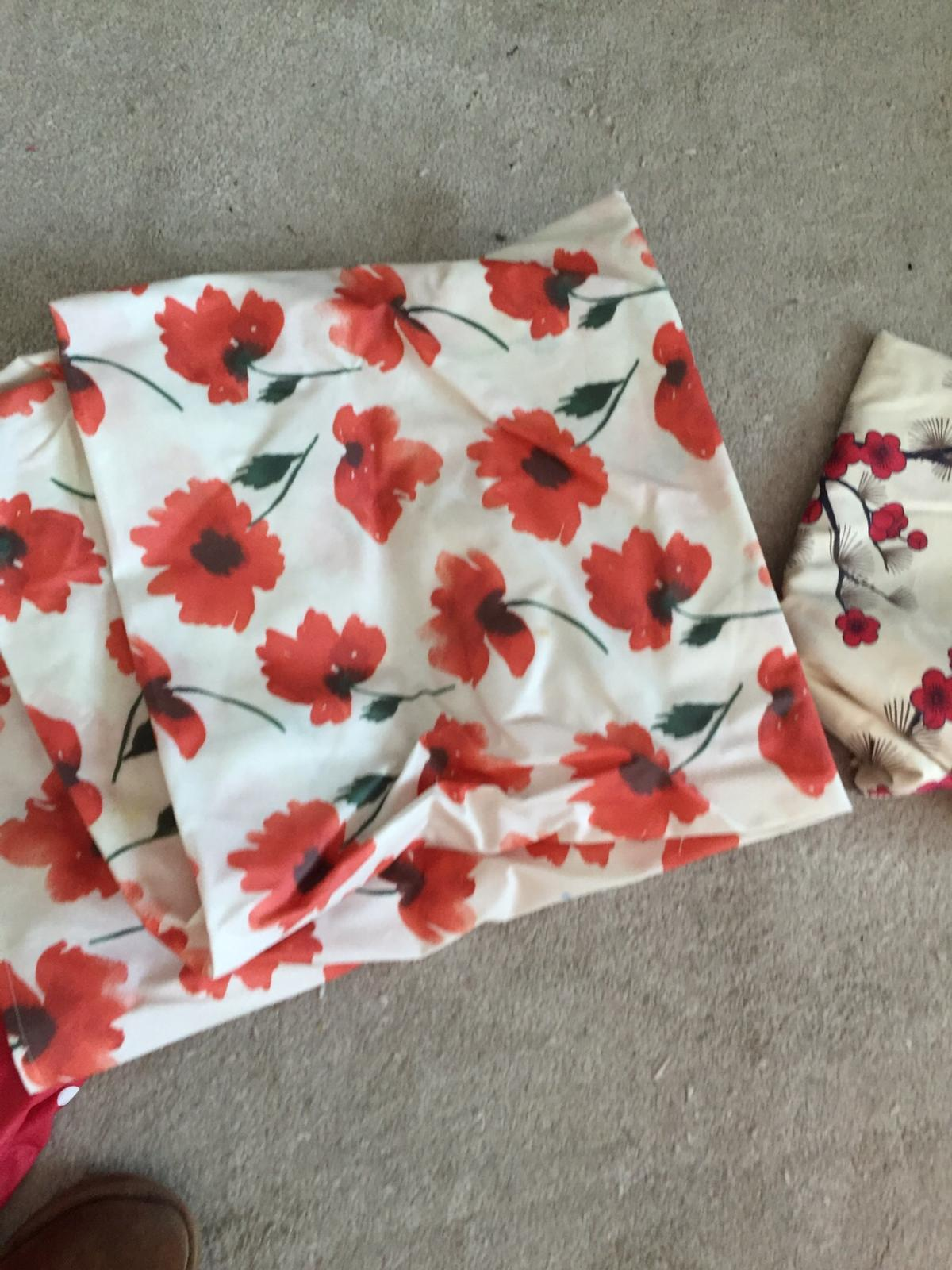 Tablecloths In Cr3 Tandridge For 7 00 For Sale Shpock