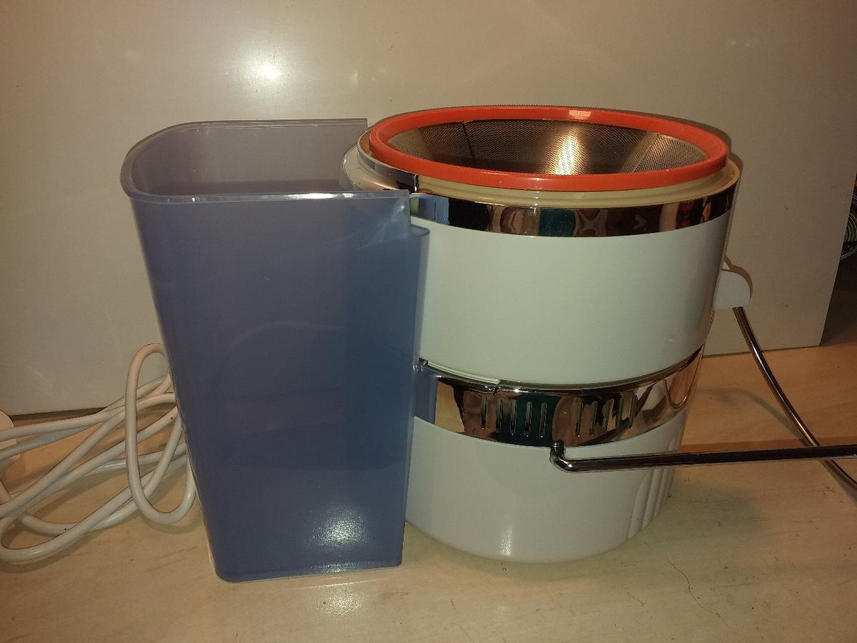 power juicer in TN24 Ashford for £35.00