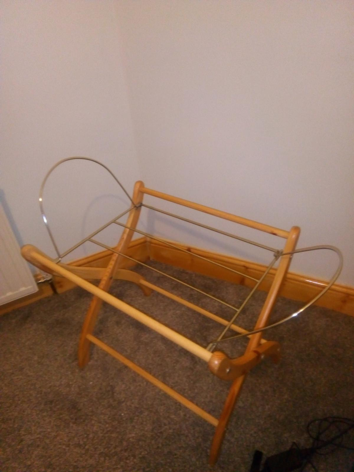 Moses basket good condition Brand new Bought but not used collection only if you are interested please text
