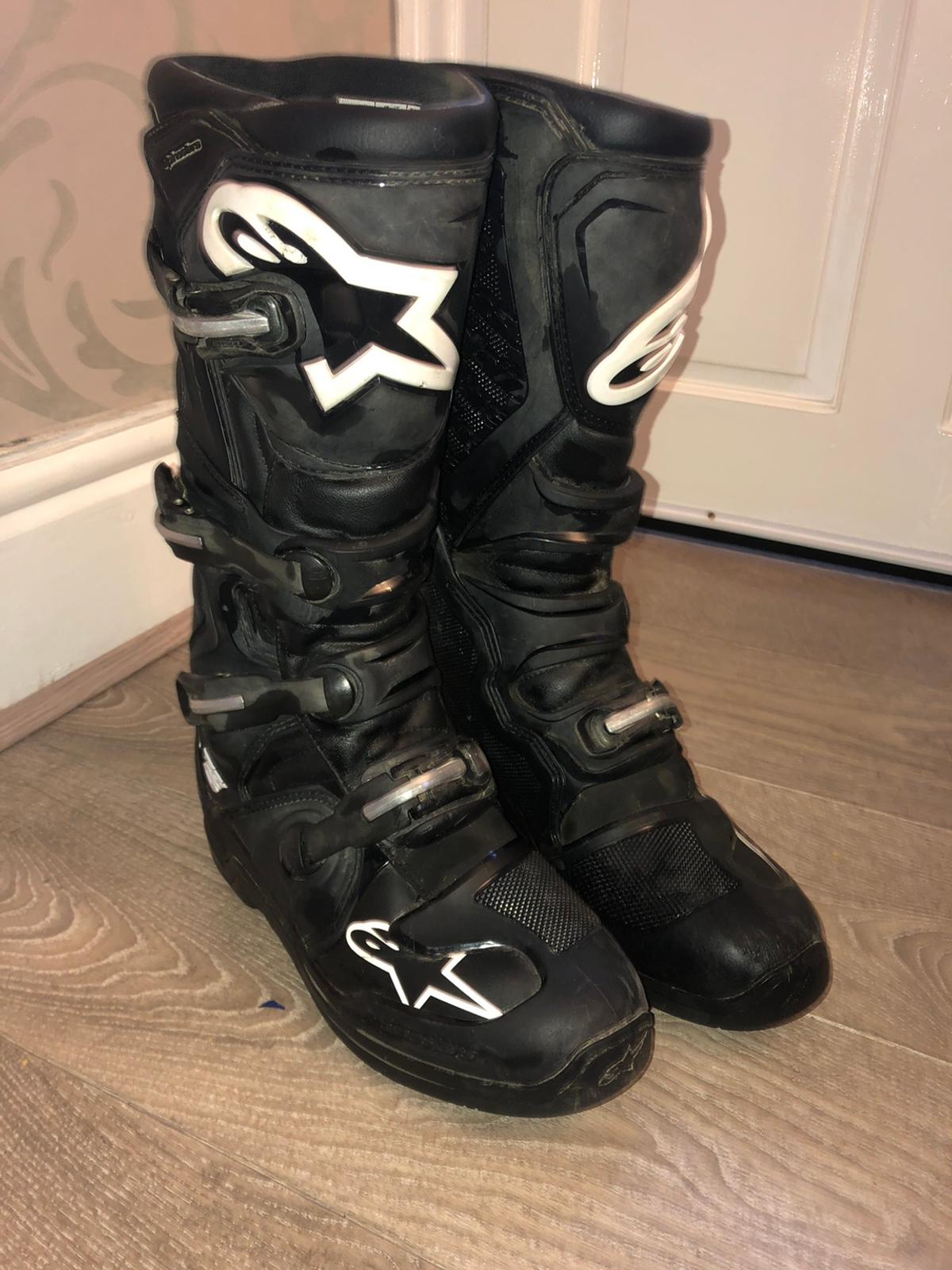 Tech5 motocross boots size 10 like new only worn a few times £100
