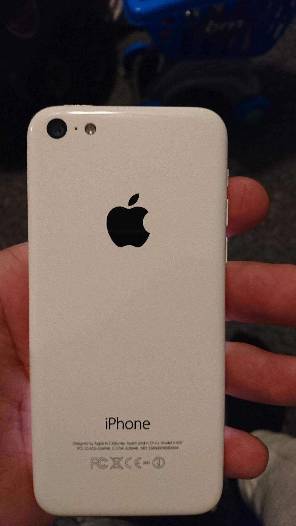 Mint condition White Sim unlocked and Icloud free CAN DELIVER IF LOCAL