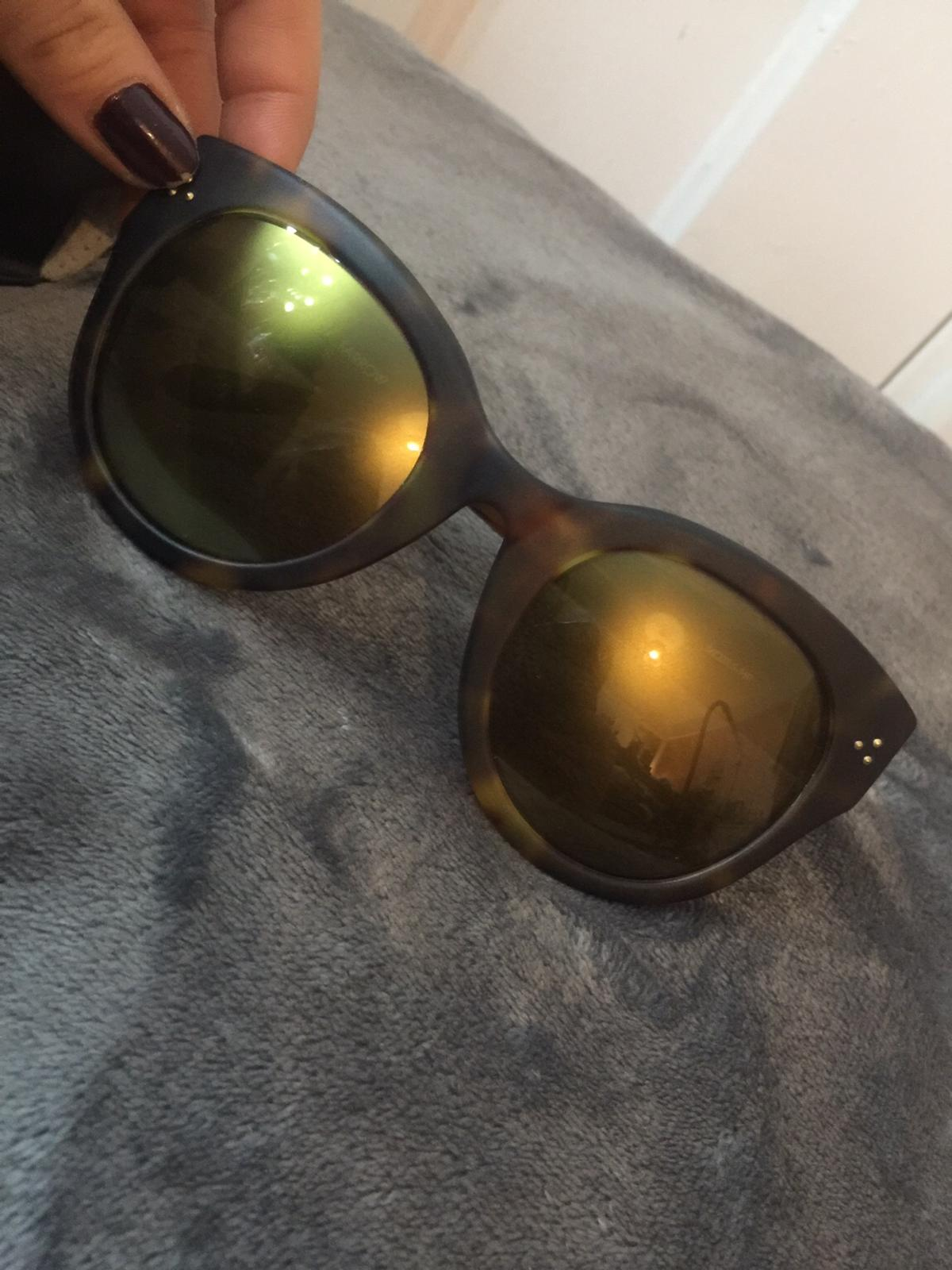 Designer Linda Farrow matte tortoise shell sunglasses 🕶  New with original case.  Get yourself a bargain before summer kicks in ☀️  Can deliver, signed for only.  Thank you and happy buying😊