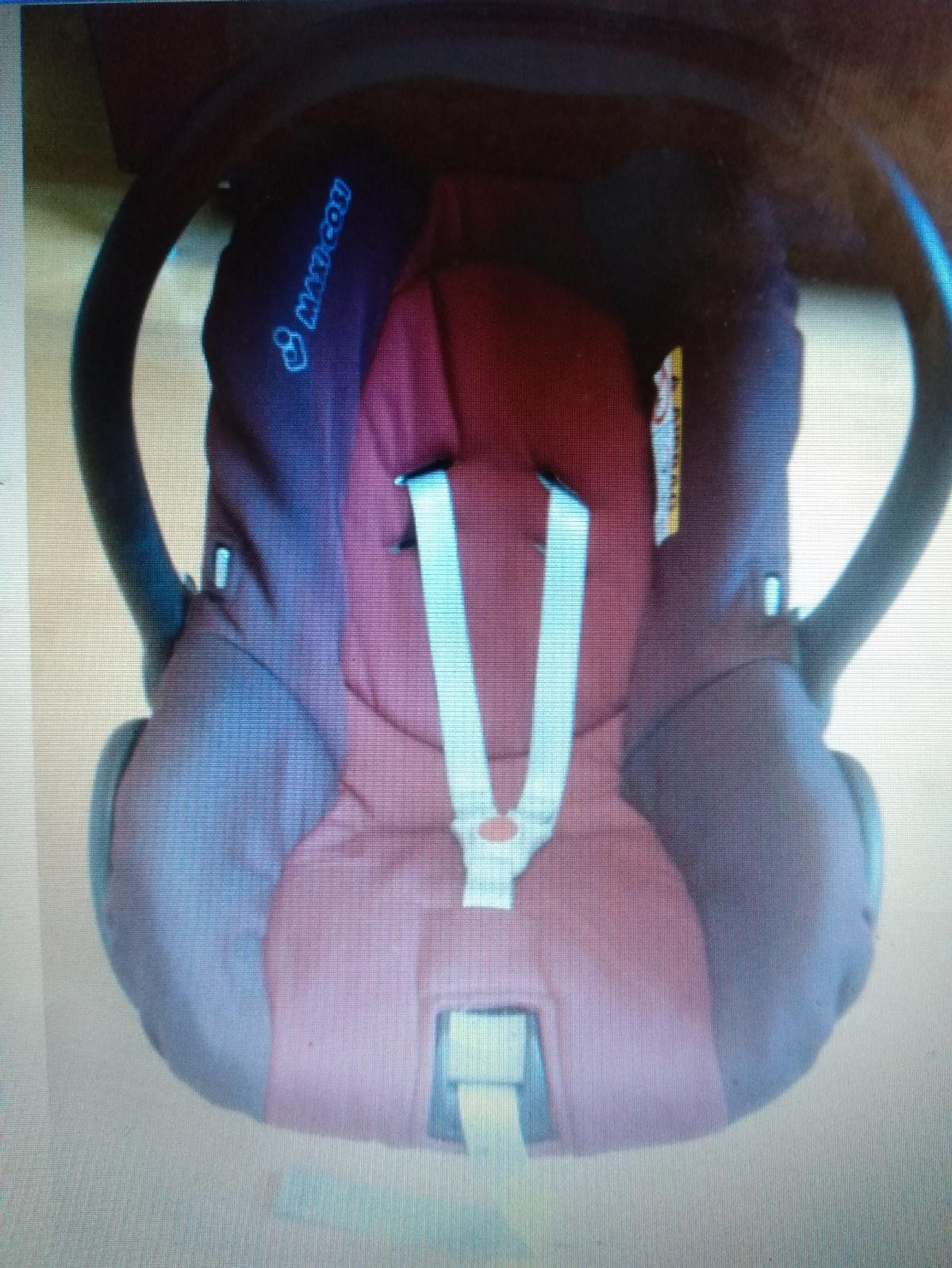 Maxi Cosi Citi car seat universal 0-13kg from non-smoking, pet free home in a good condition