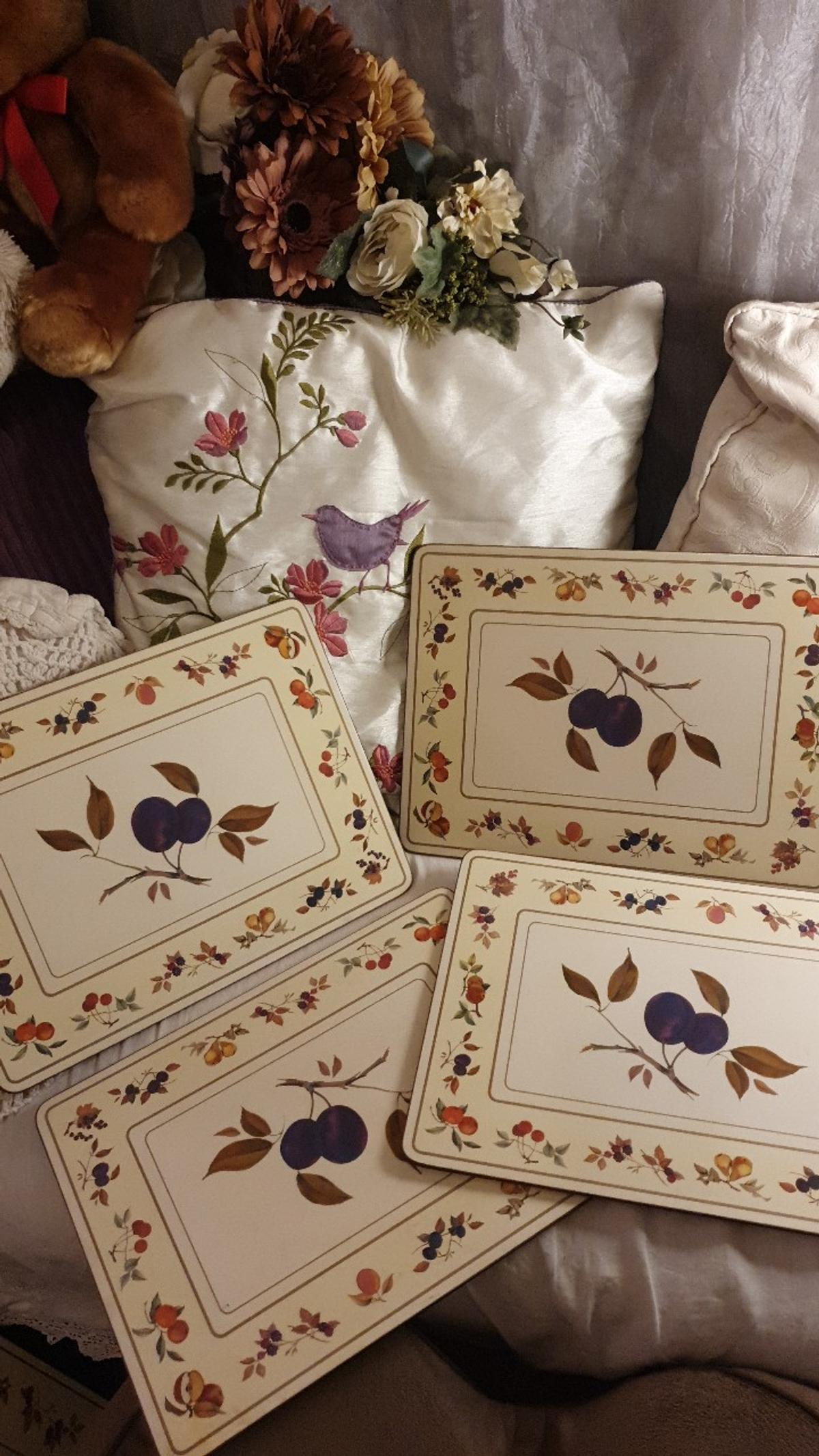 Good condition Set of 4