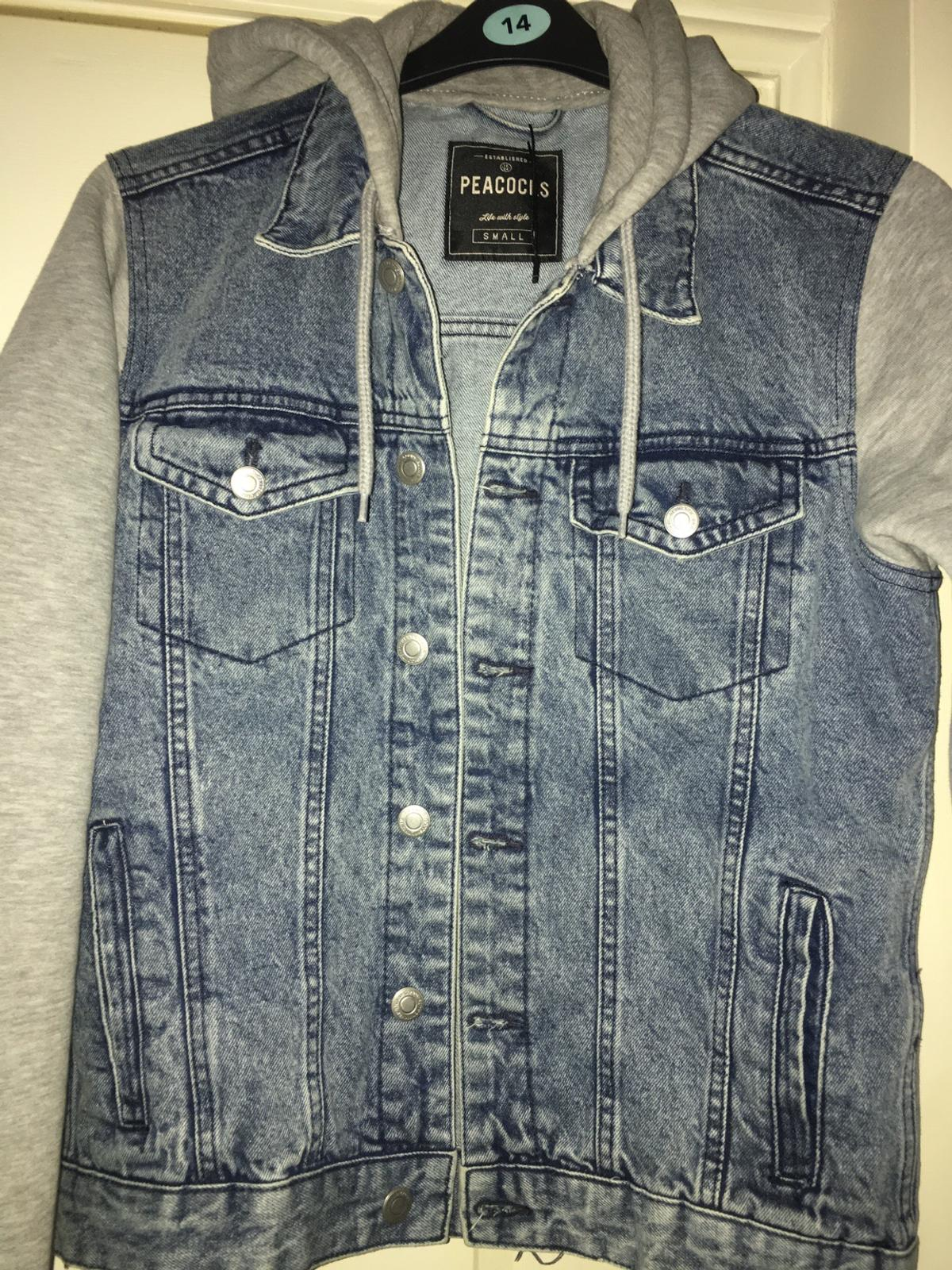 Men's denim jacket by peacocks Size Small Used good condition £3 postage cost