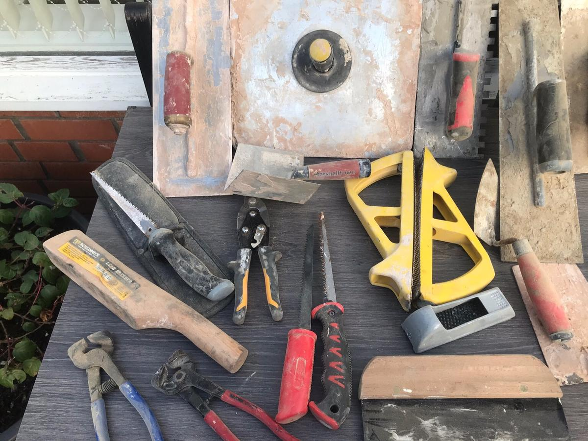 All sorts of trowels a marshalltown plastering trowel and corner trowel bricking trowels have a look at the pics selling as one lot the marshalltown trowel would cost £50 on its own new