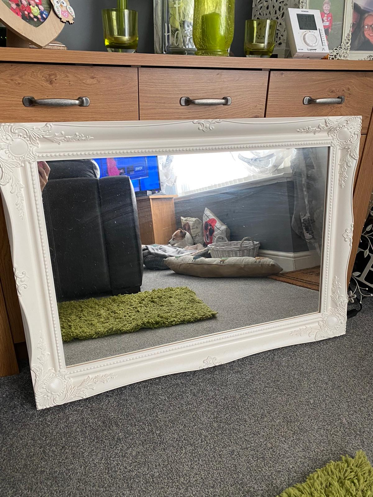 Off white frame 90x65 As new Cost £120