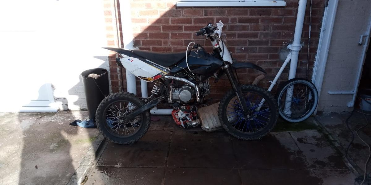 Needs tlc selling as spairs raipers got the parts with it just needs back break system  And needs stata plate putting on new one and wiering up big wheele bike  £300 or swaps
