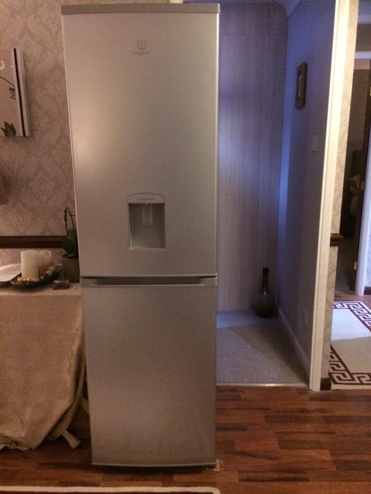 Indesit fridge freezer (silver) 50/50 split with water dispenser. In good working order we have just had a kitchen refit so no longer require this appliance. Will accept £60. Collection only please