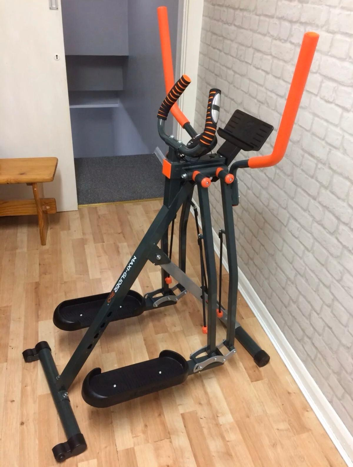 Good Condition hardly used Maxi Glider 360 gives you a full body workout cardio & strength easy fold comes with manual & workout booklet .