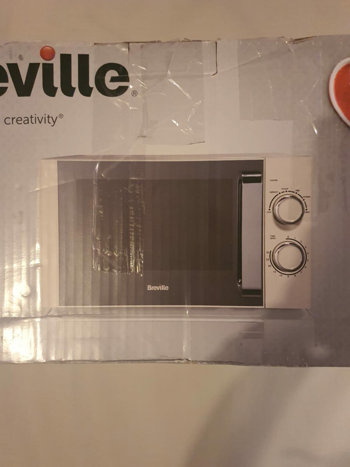 Breville Manual Microwave Cream