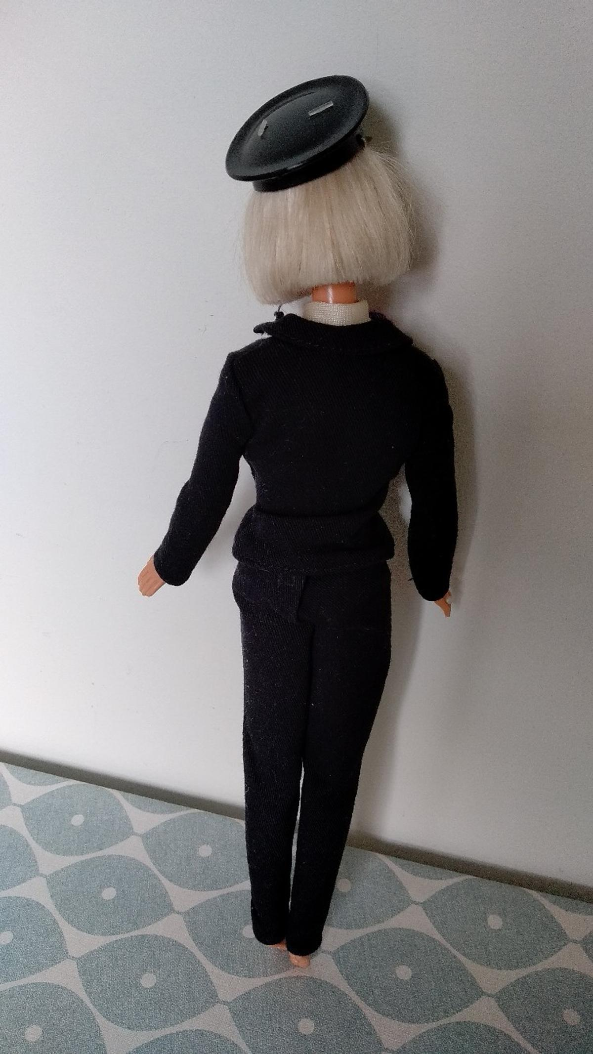 Barbie Pilot doll 1999 in SE4 London for £15.00 for sale