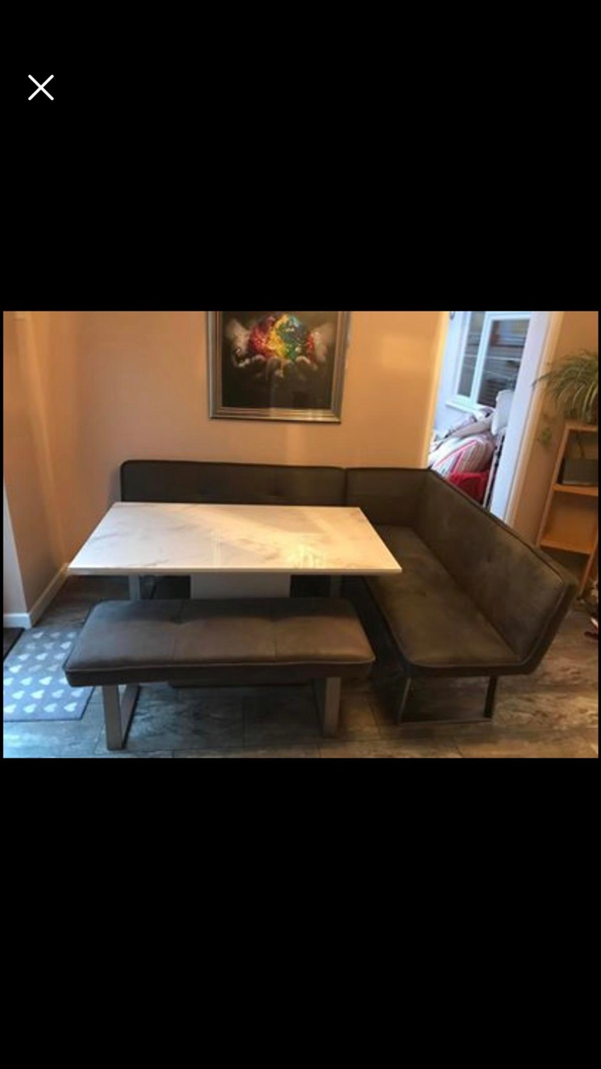 Central Park Dining Room Table With Benches In Po15 Fareham For 700 00 For Sale Shpock