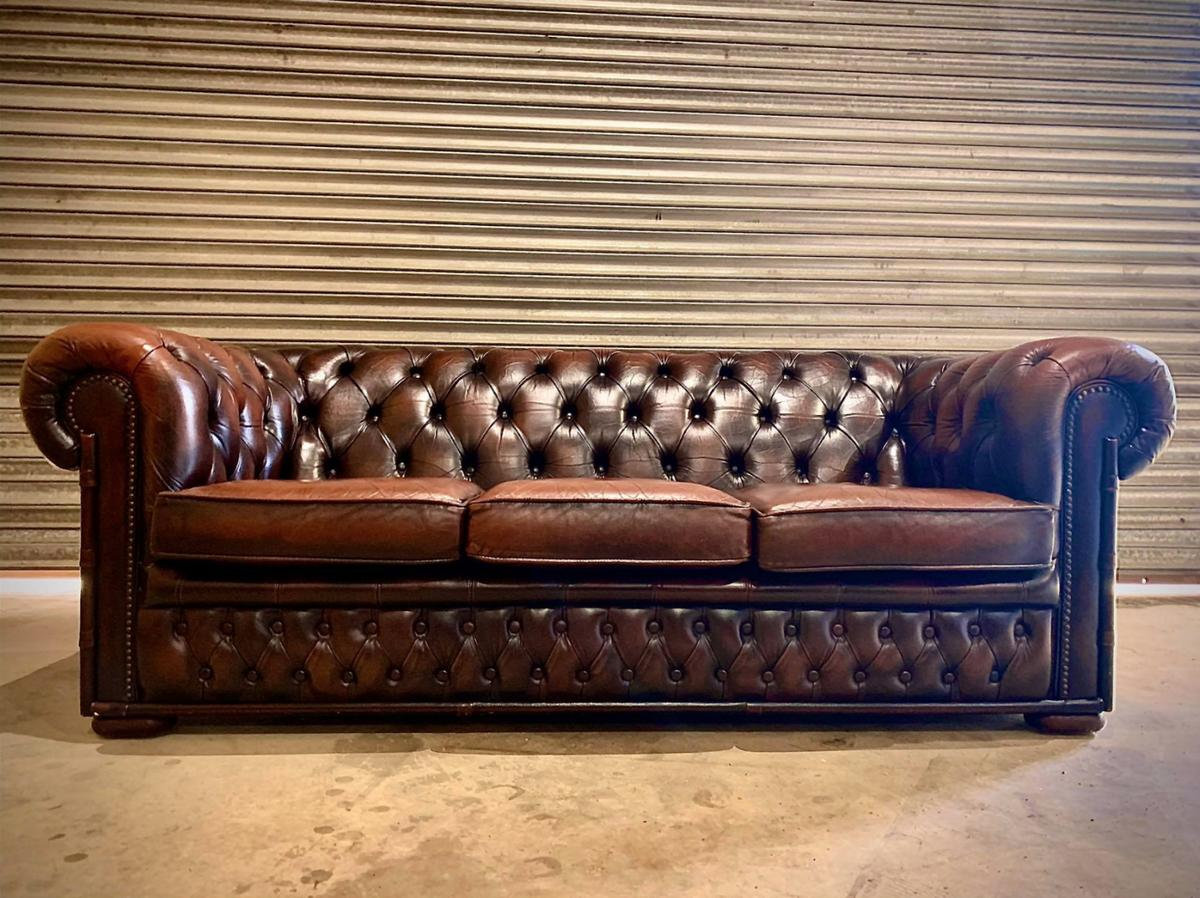 - Vintage Cigar Brown Leather Chesterfield Sofa In PE1 Peterborough