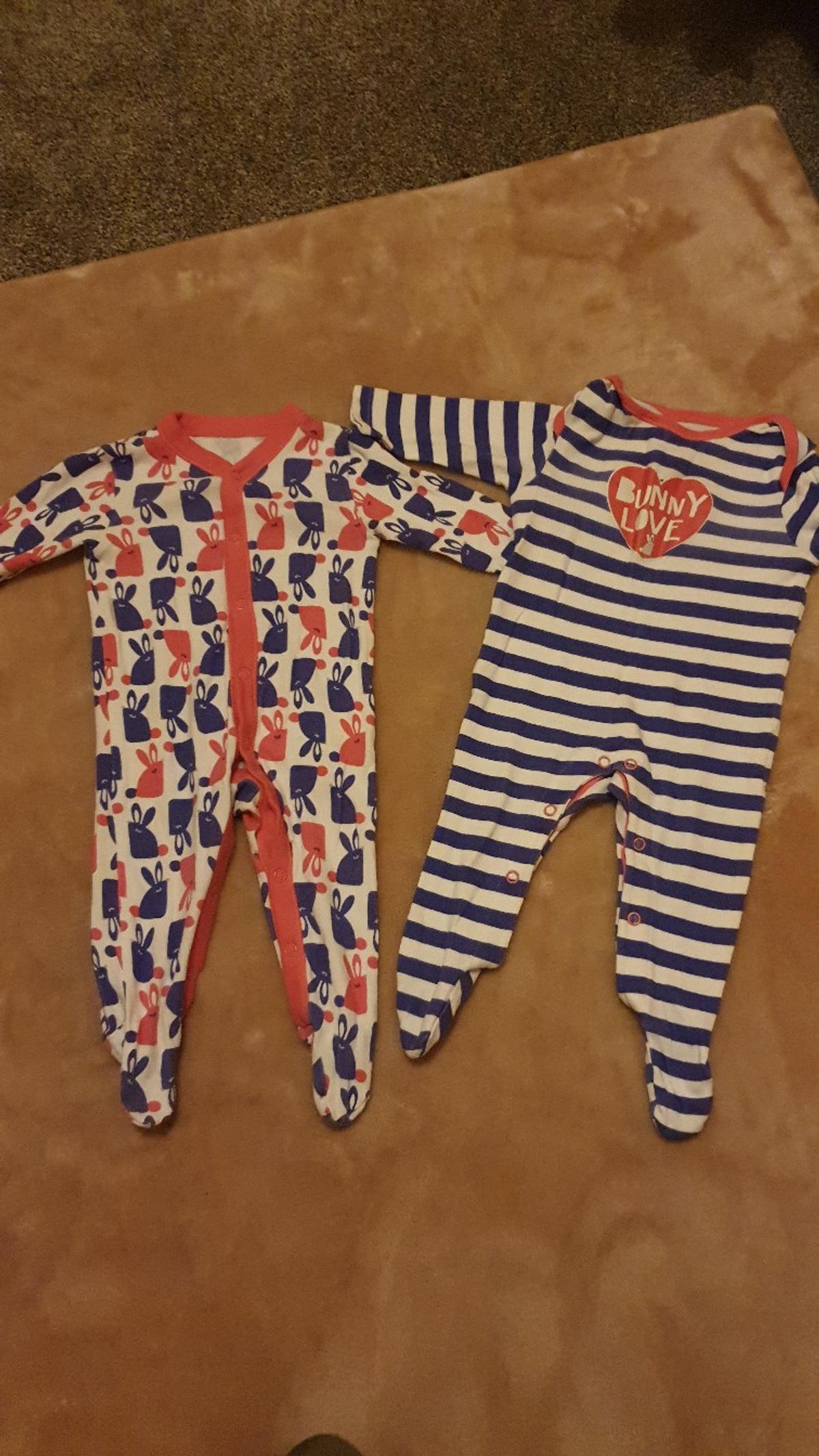 like new x2 babygrow girls up to 3 month