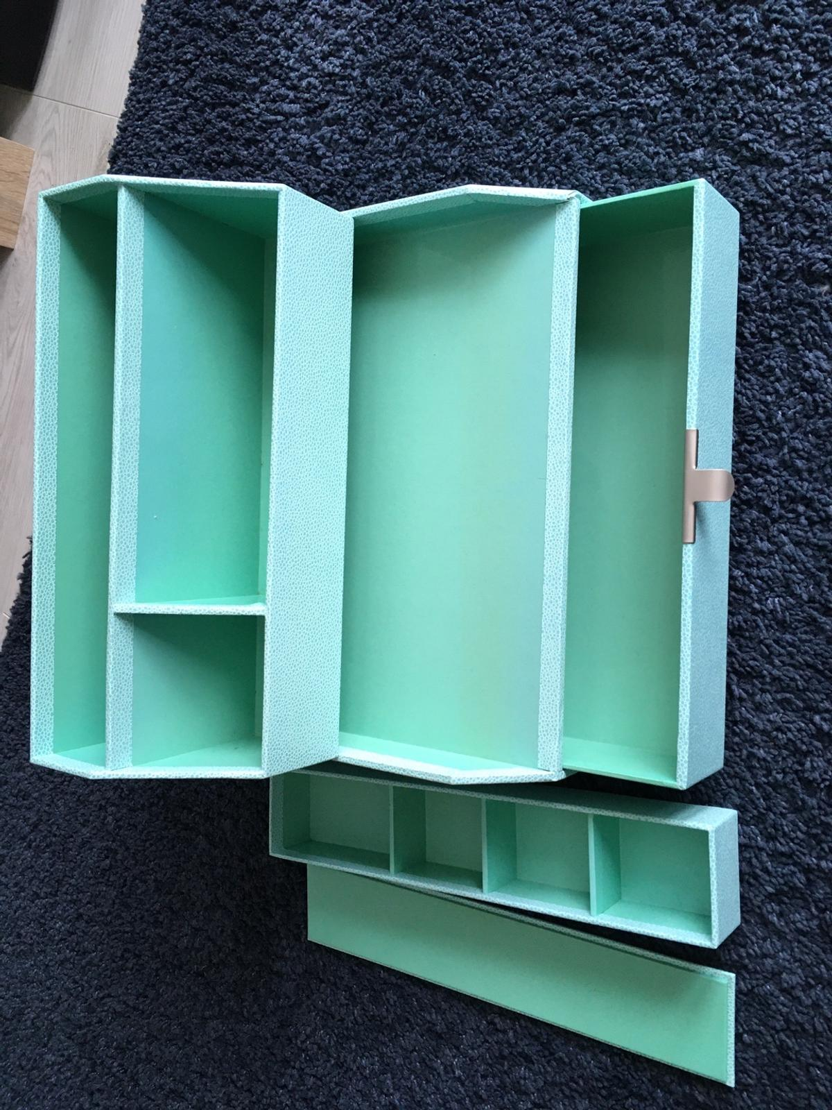 Martha Stewart organiser good condition from smoke free pet home