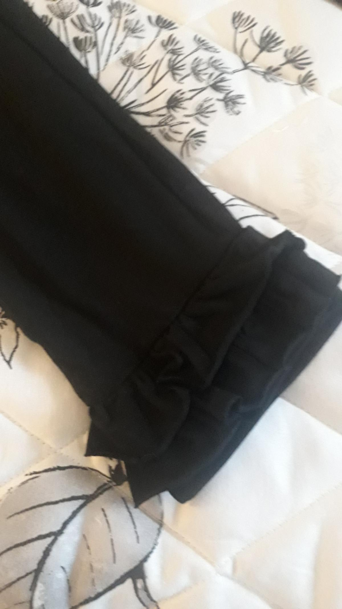 with frill bottom new black