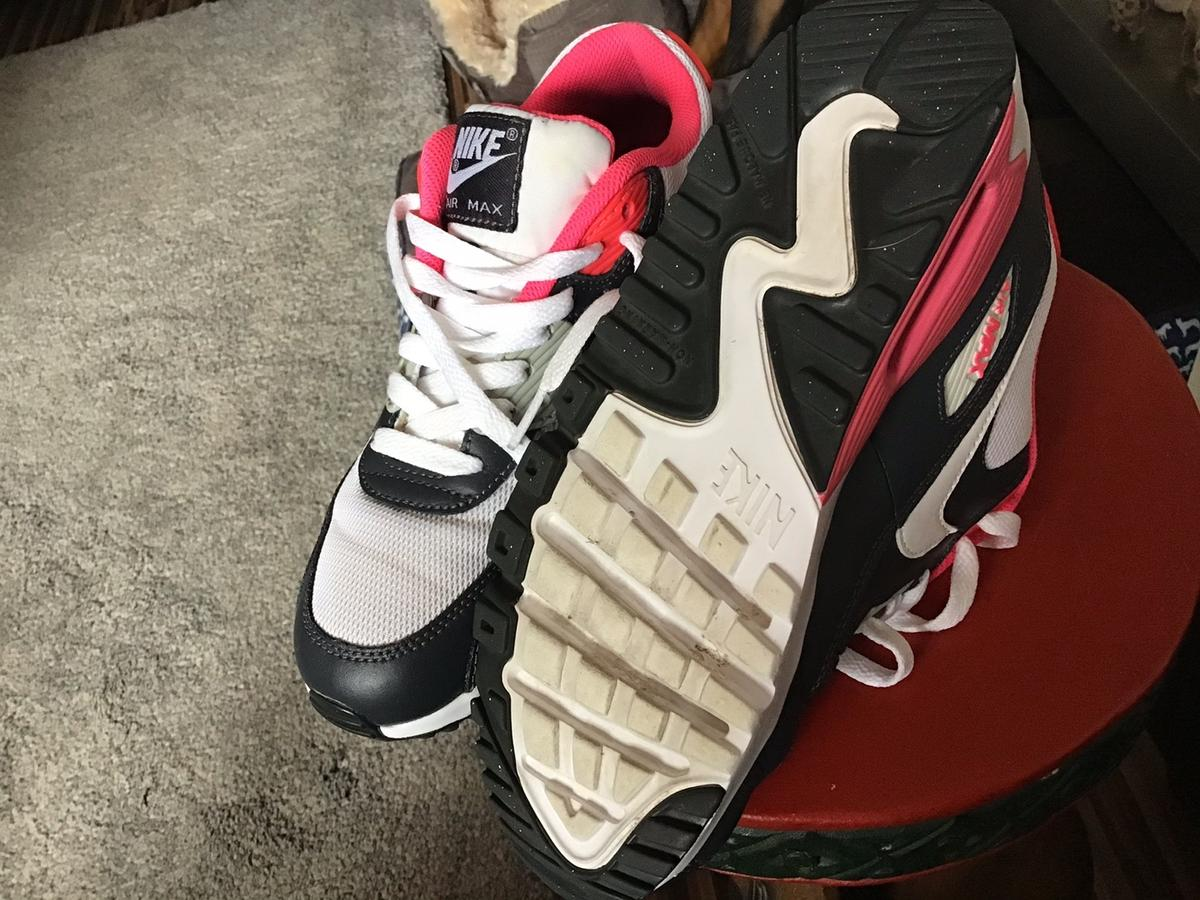 Great Pair of Nike Trainers in Excellent Condition