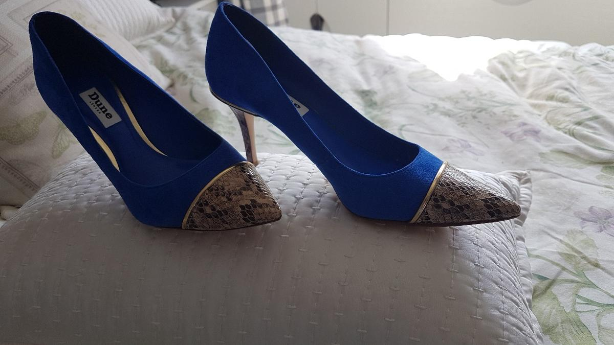 ladies blue suede court shoe by Dune, boxed gorgeous shoe. in a beautiful blue with crocodile print to the front and heel. recent foot surgery means unable to wear. size 4