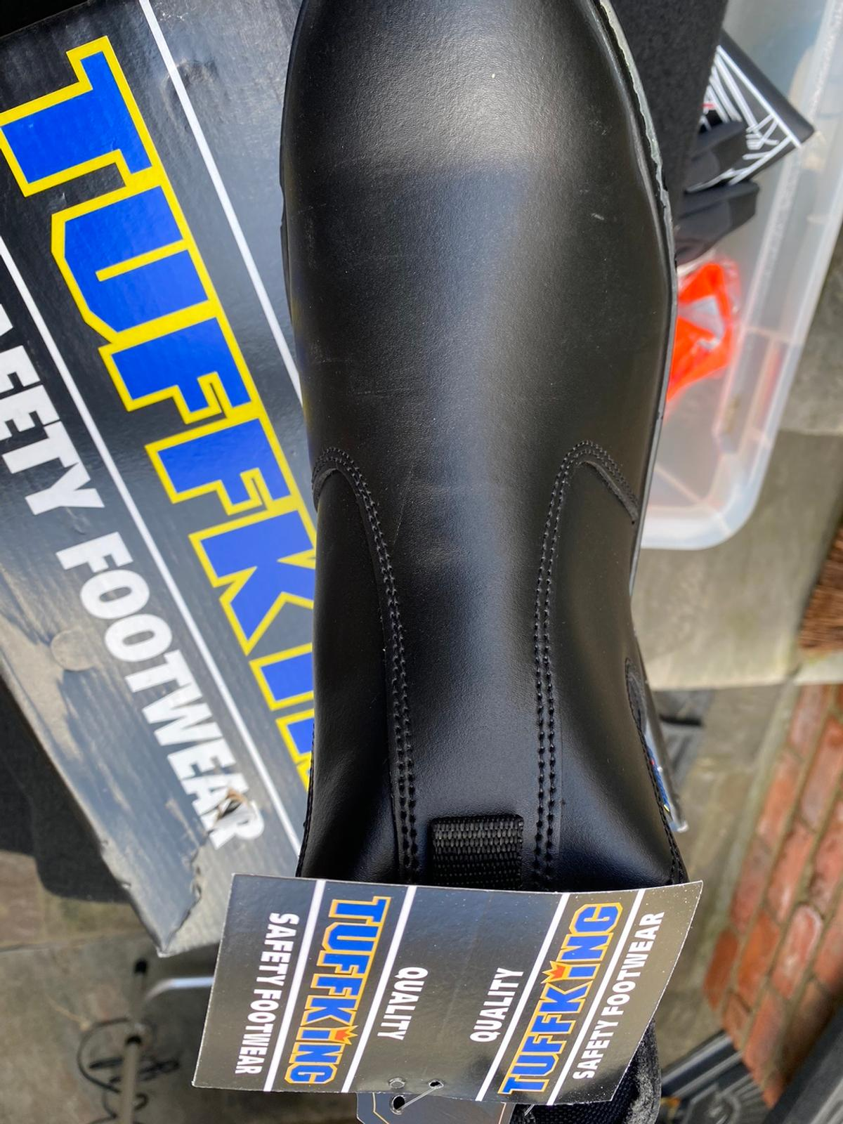 For sale pair of men's size 10 safety boots