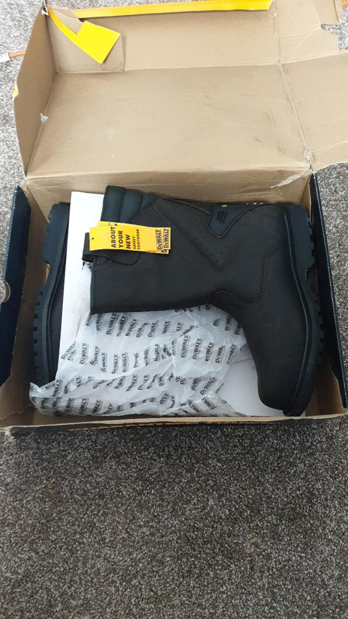 brand new never been worn boxed size 10