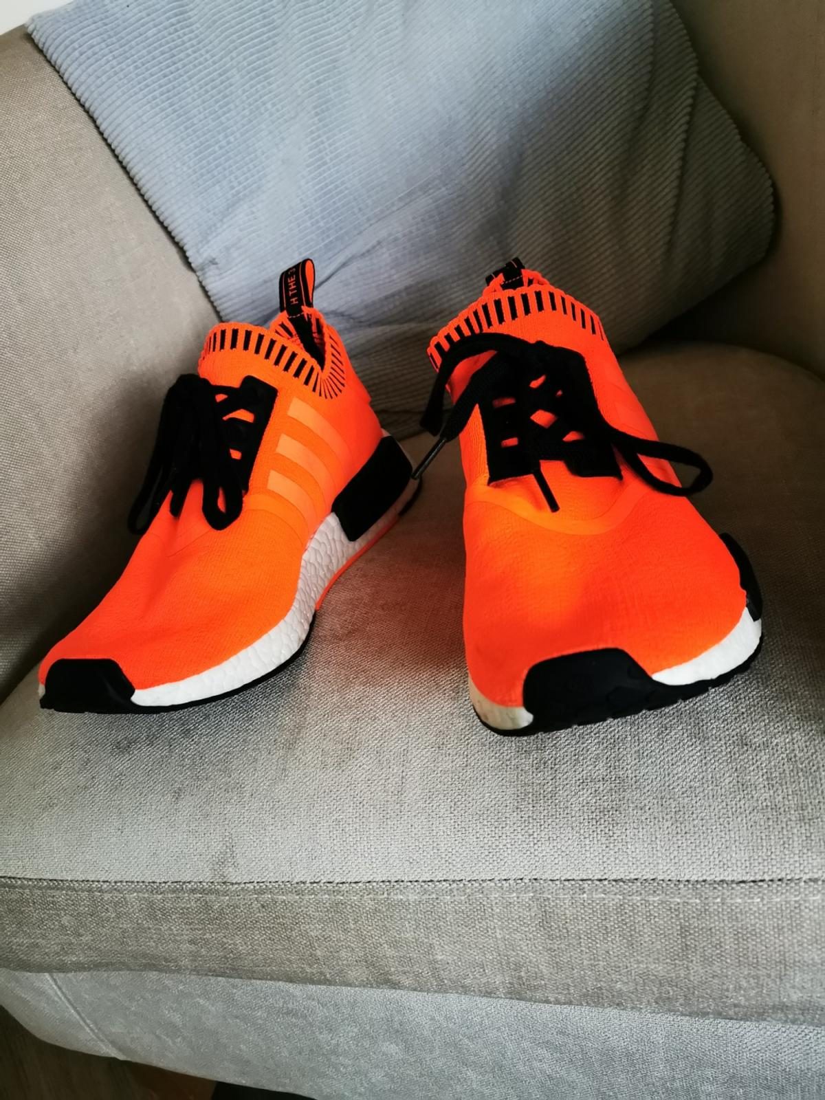 rarely worn and never seen anyone else wearing them! very bright very clean. men's size9 comes with box  collection only balby dn4  open to offers