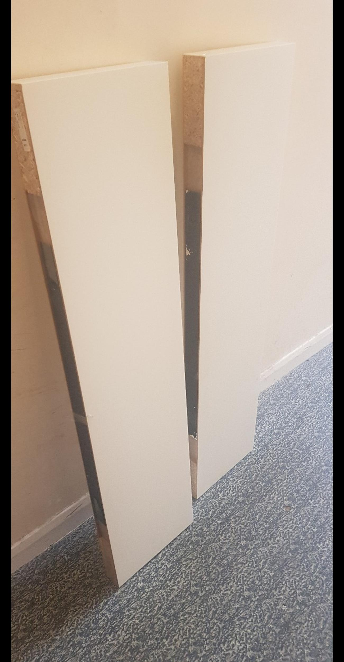 one white colour and other off white used but plenty of life still left some marks but shown in pic sold as 2 but can be sold if wanting 1 collection south Croydon or can deliver local no offers