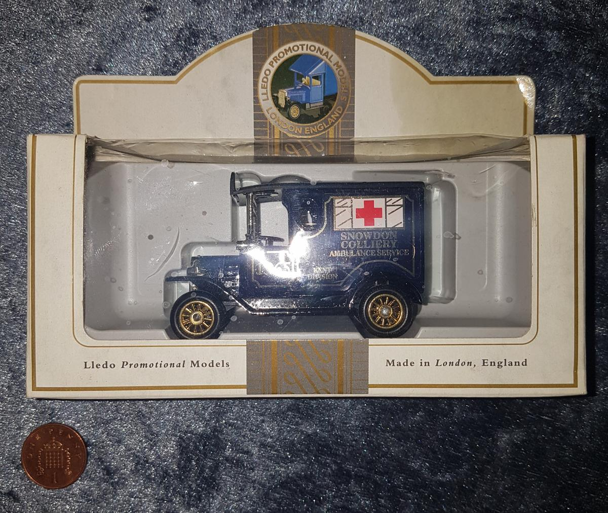 Lledo Diecast Model Vehicle (Snowdon Colliery Ambulance Service) - Can Post Or Deliver For Extra