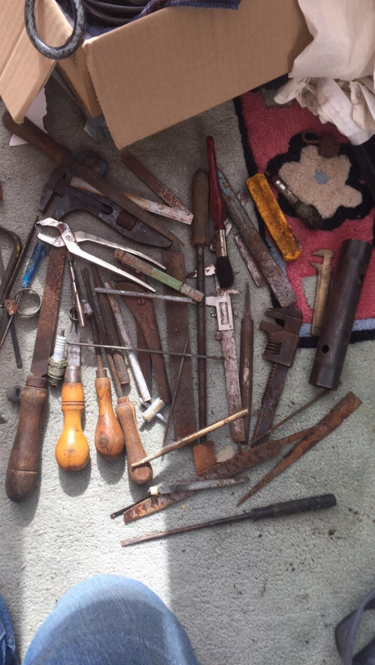 Mix of different old tools Collection only £5