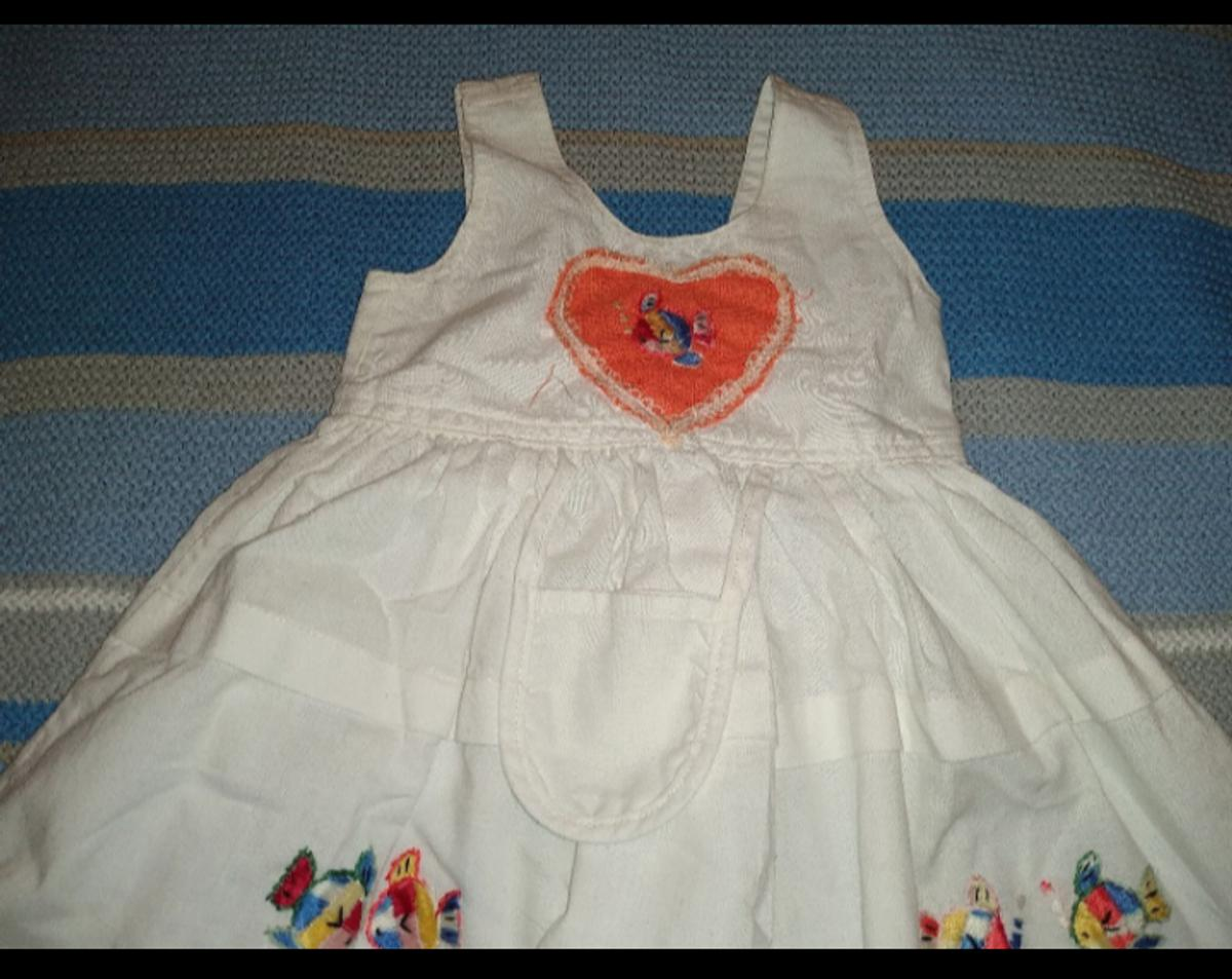 From Natural Collection By Nautic Wear cotton dress perfect for summer days very good condition however had slightly mark at the back ( see picture ) collection Bootle or I can deliver if local or for a small fee to the different area postage available please see my other items lots baby clothes