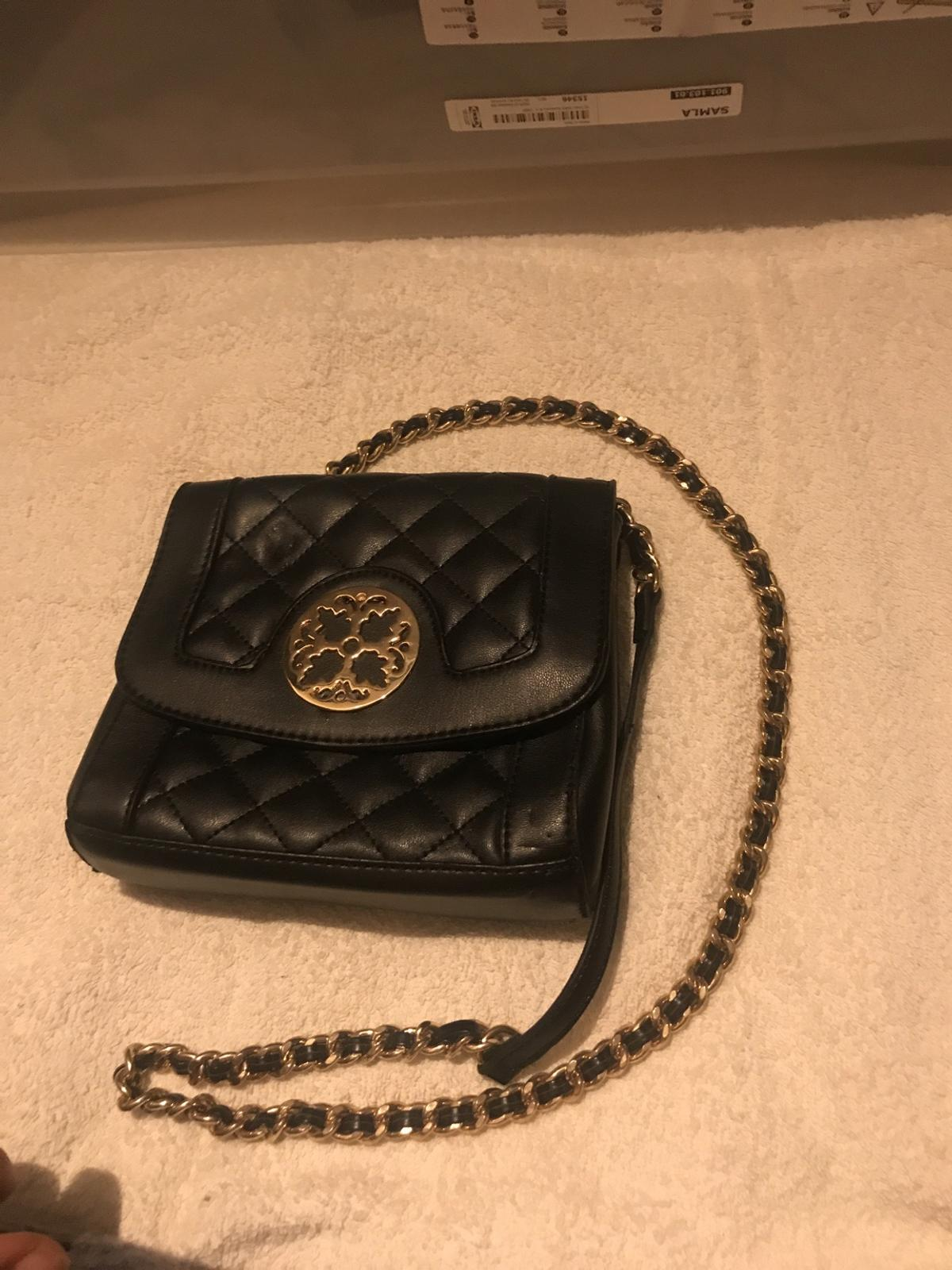Small black shoulder bag, hardly used, good for going out