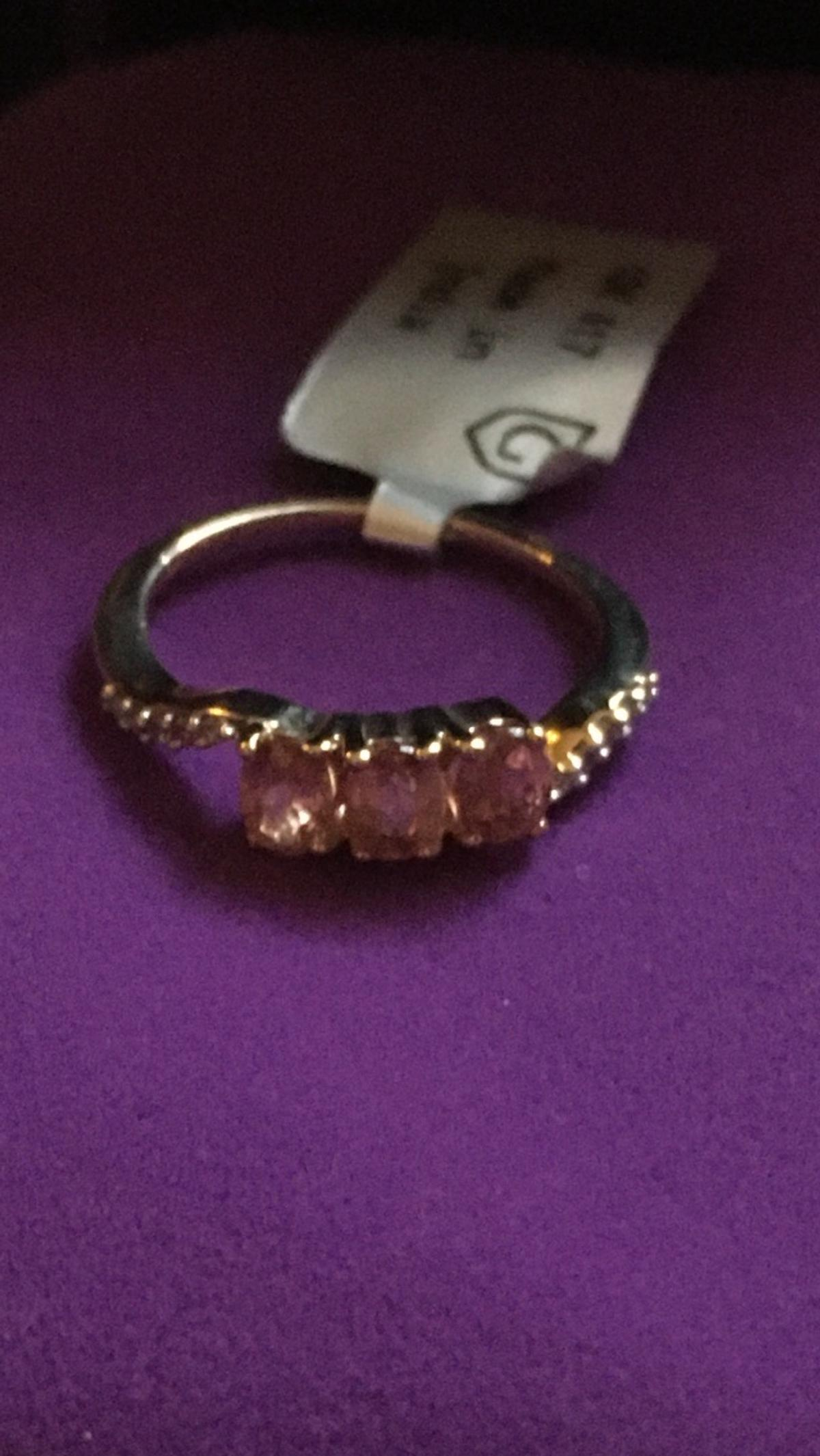 Genuine padparadscha sapphire gold ring size L/M new with tag and authenticity card