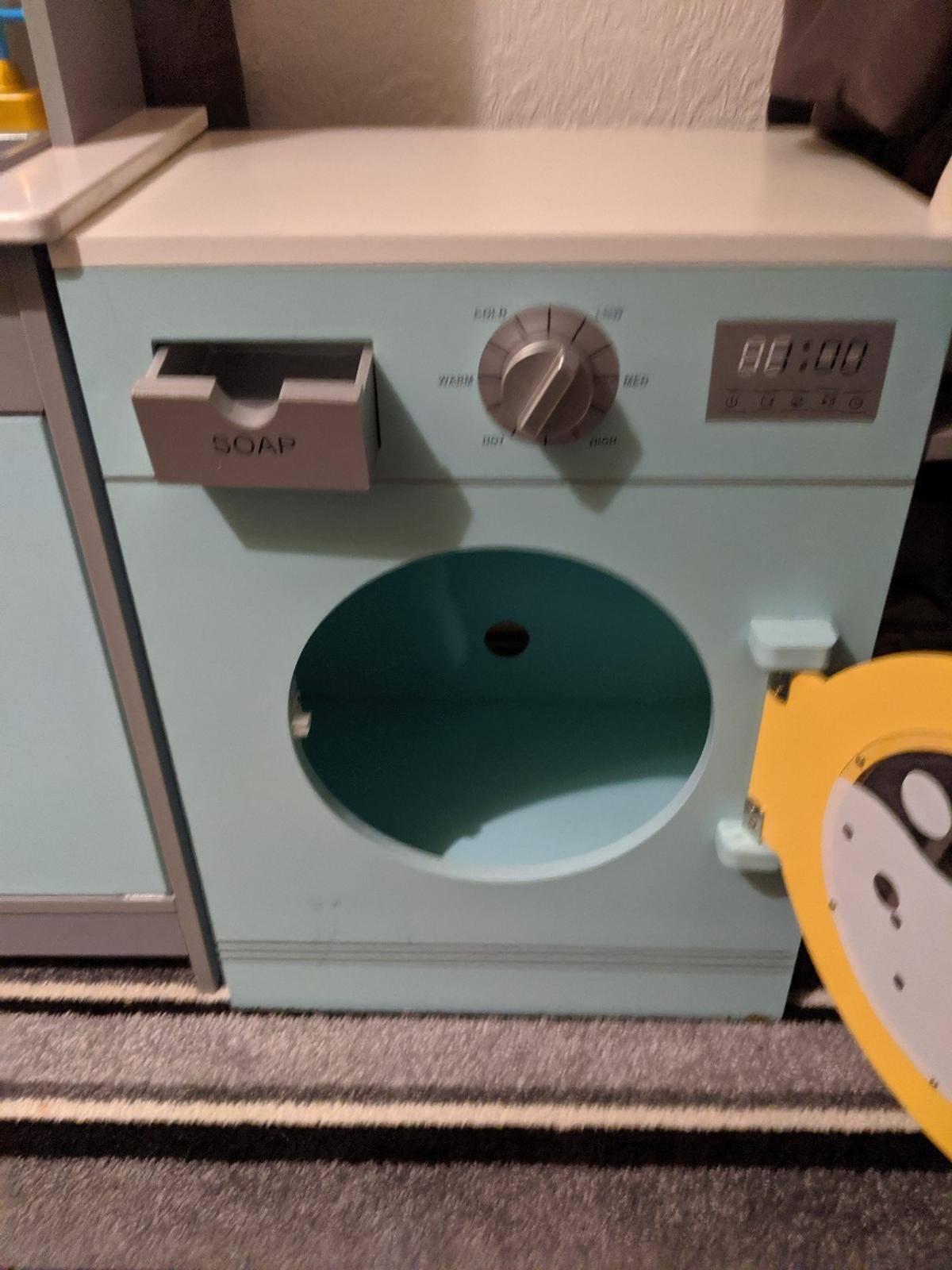gorgeous child's wooden kitchen plus washing machine both in lovely condition. see all pictures. kitchen measures 3 ft 1 ins high/nearly 2 ft long. washing machine is 1 ft 8 ins high/1 ft 3 ins long. £20 for both. (( no accessories)). washing machine alone was £25. no offers thanks.
