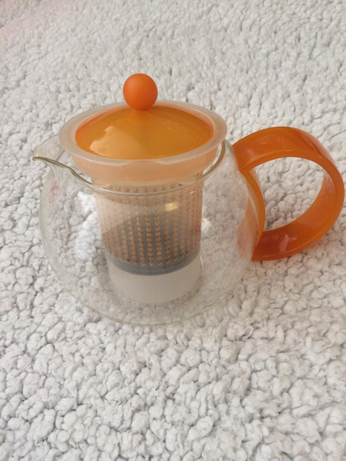 Bodum Teapot - Orange Used but good condition (as per photo)