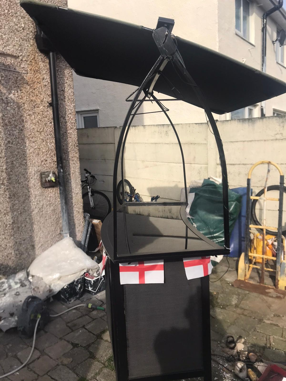 In v good condition Delivery is available for a van fee St. Helens area