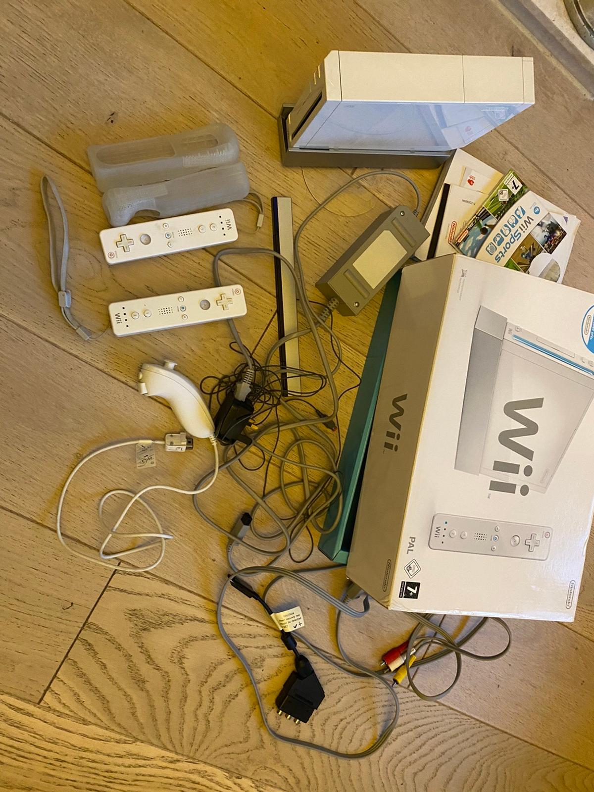 Very good condition and boxed