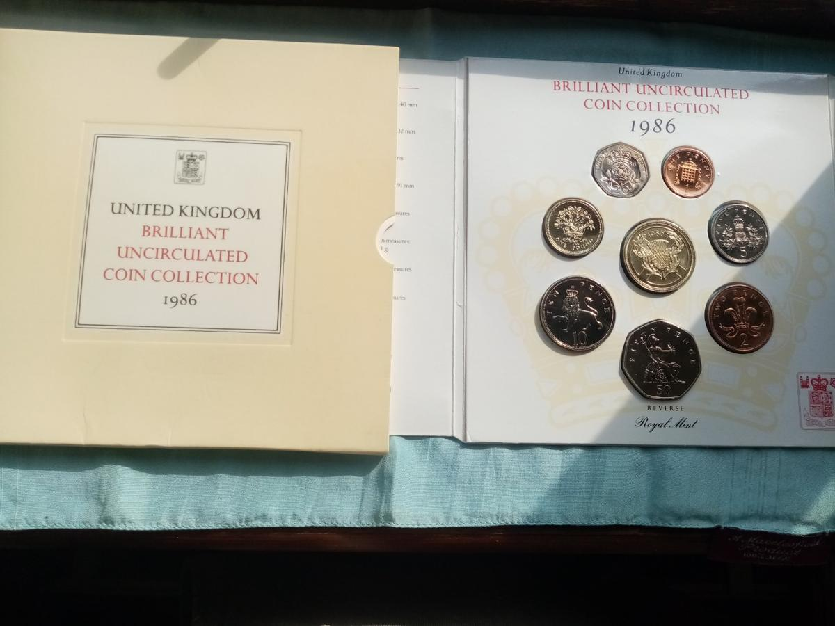 A beautiful unc royal mint 1986 coin collection in sealed packaging in brilliant uncirculated condition and never been out the packaging. Postage will be added at £2 and its first class signed for.
