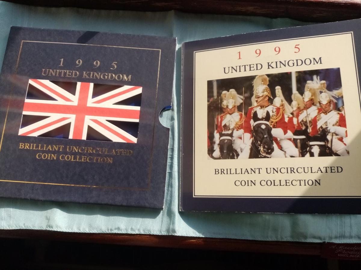 A beautiful unc royal mint 1995 coin collection in sealed packaging in brilliant uncirculated condition and never been out the packaging. Postage will be added at £2 and its first class signed for.