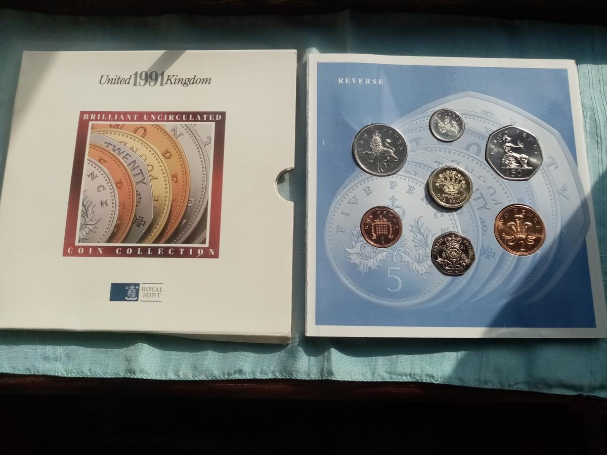 A beautiful unc royal mint 1991 coin collection in sealed packaging in brilliant uncirculated condition and never been out the packaging. Postage will be added at £2 and its first class signed for.