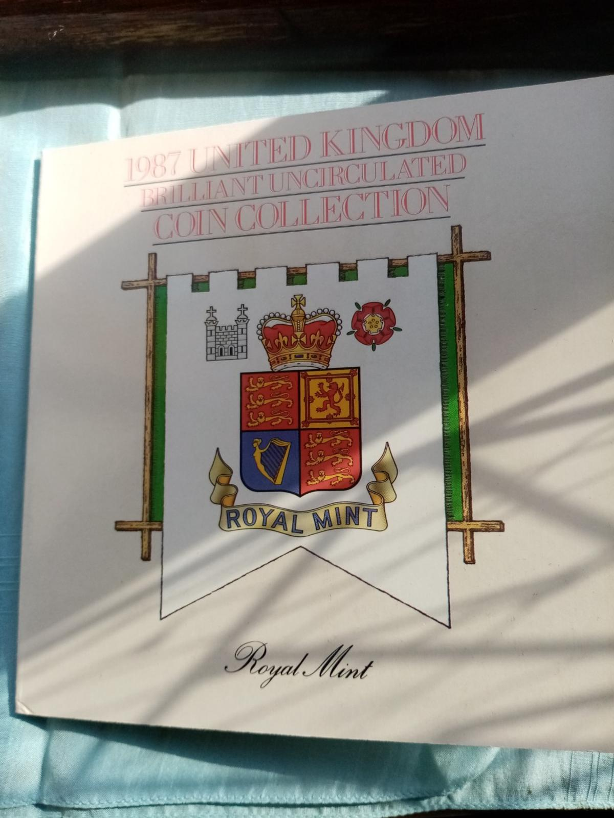 A beautiful unc royal mint 1987 coin collection in sealed packaging in brilliant uncirculated condition and never been out the packaging. Postage will be added at £2 and its first class signed for.